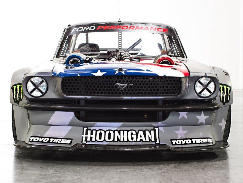 У Кена Блока теперь новый 1400-сильный Ford Mustang Hoonicorn