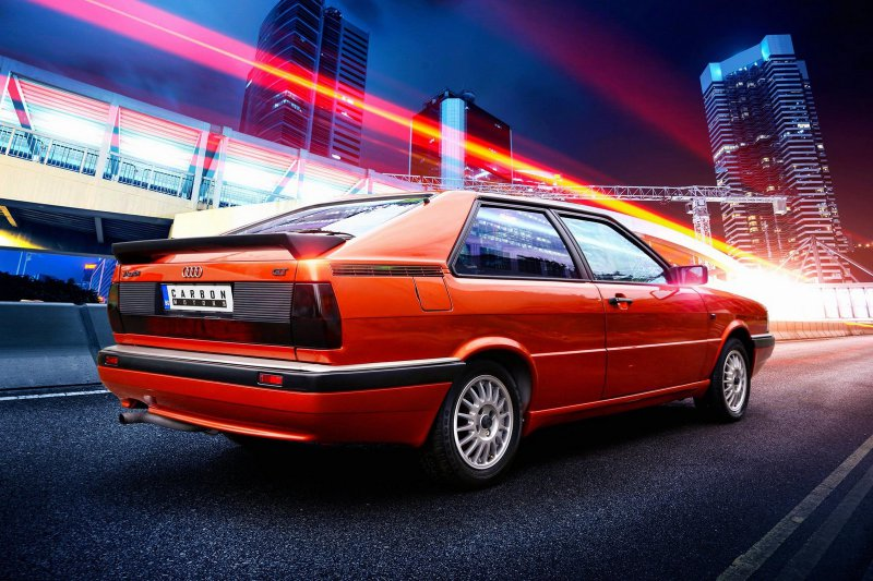 Carbon Motors преобразили интерьер Audi B2