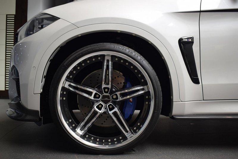В Абу-Даби представили уникальный BMW X6M