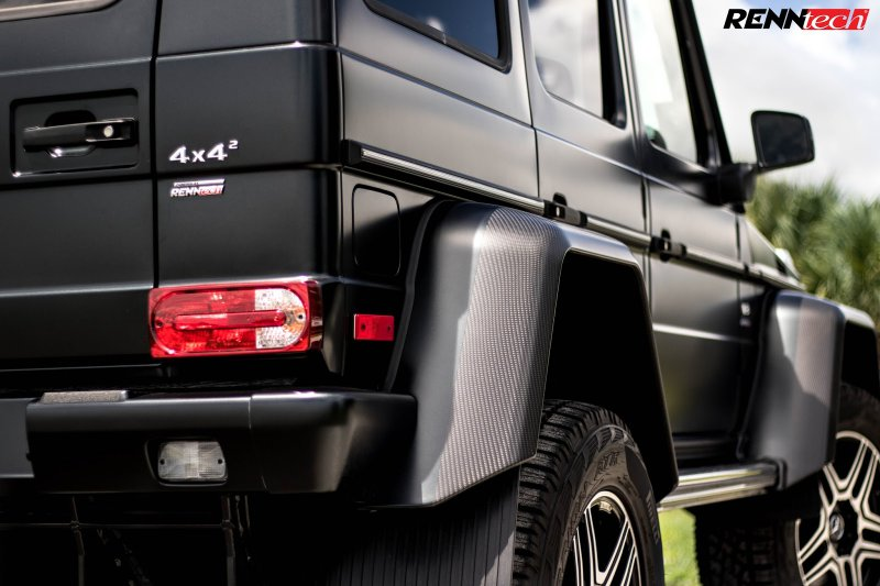 Renntech и Brabus выпустили свои версии Mercedes G550 4x4 в квадрате