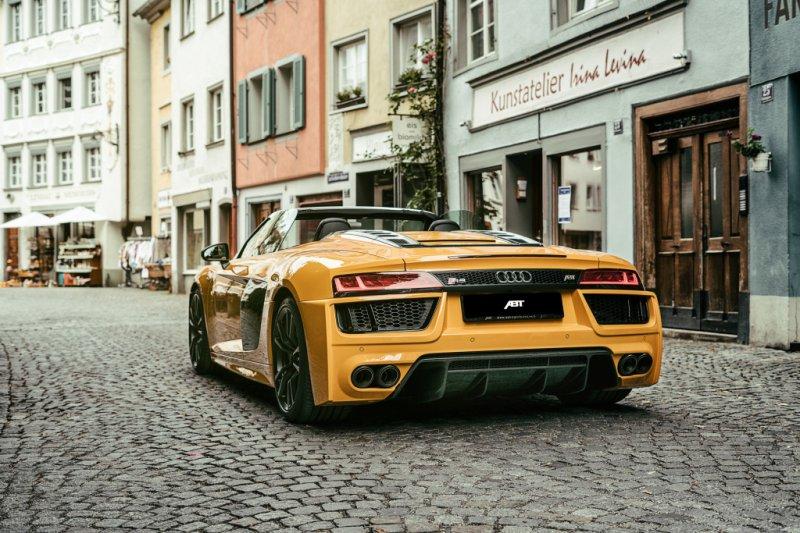 ABT представила комплекты «Street» и «Race» для Audi R8 Spyder