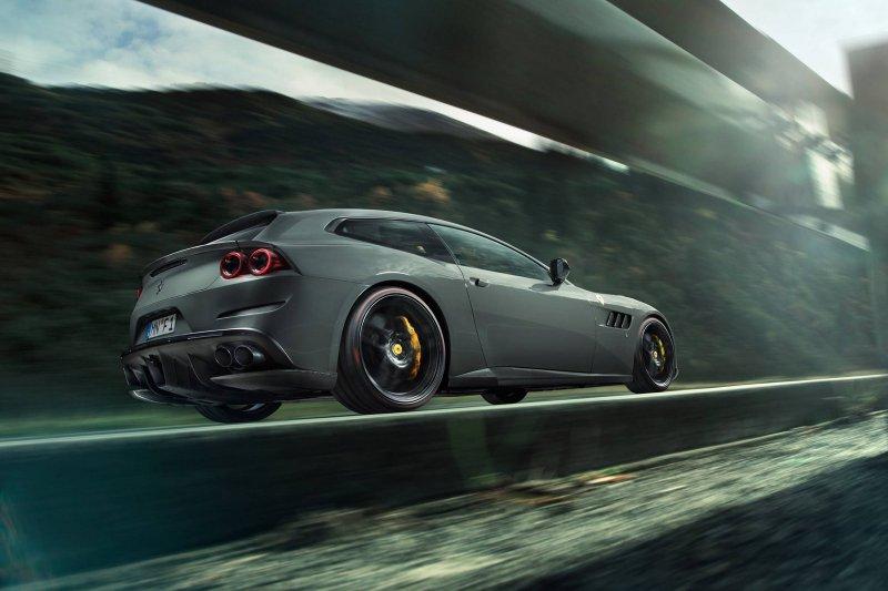 Ferrari GTC4Lusso T в исполнении Novitec Rosso
