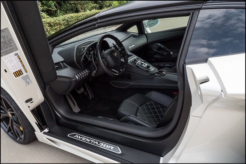 1500-сильная Lamborghini Aventador SV Roadster от Underground Racing