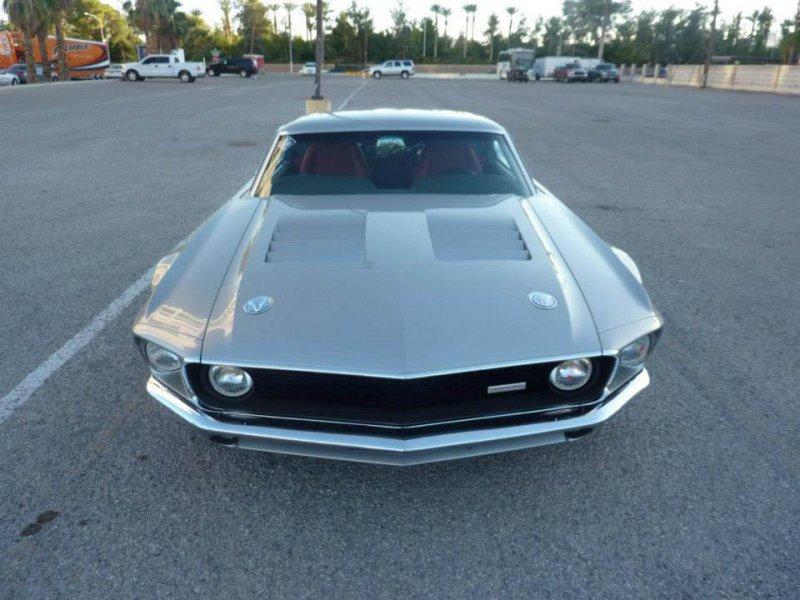 Единственный в своем роде гибрид Ford Mustang и GT40 от Terry Lipscomb
