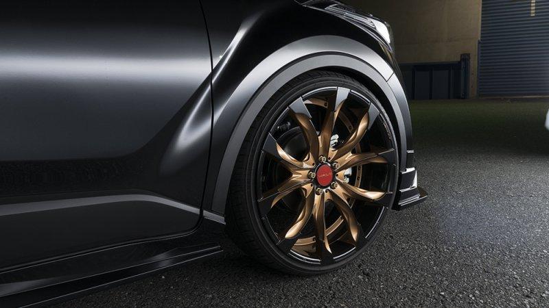 Toyota C-HR в тюнинге от Wald International
