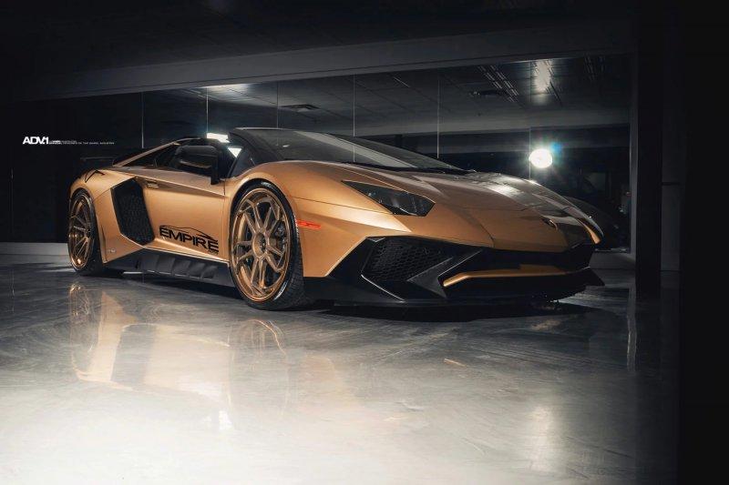 Lamborghini Aventador SV Roadster в обвесе от Novitec