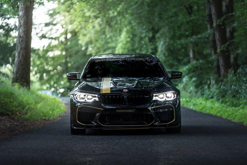 713-сильная BMW M5 в исполнении Manhart