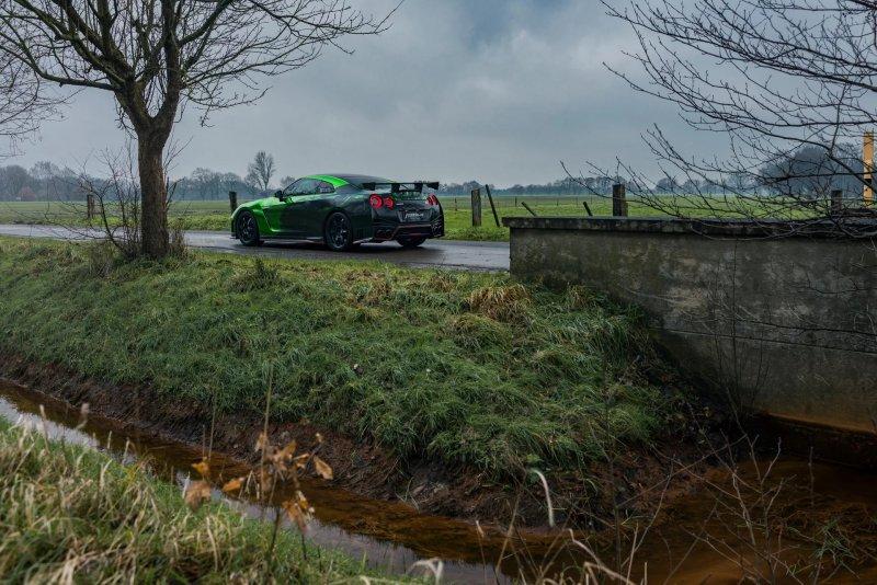 Nissan GT-R Nismo в дизайне мастерской Fostla