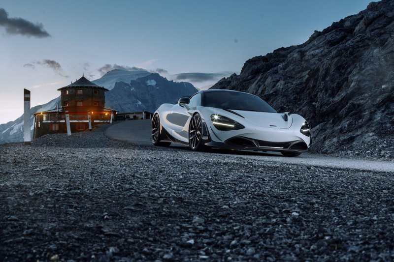 795-сильный McLaren 720S от Novitec