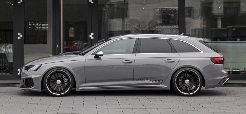 529-сильная версия Audi RS4 Avant от Wheelsandmore