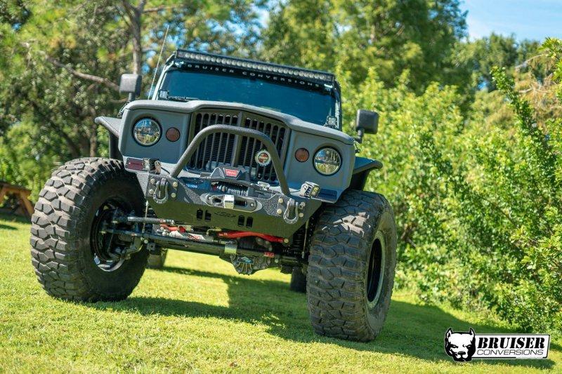 Bruiser Conversions выпустили двухосную версию Jeep Wrangler
