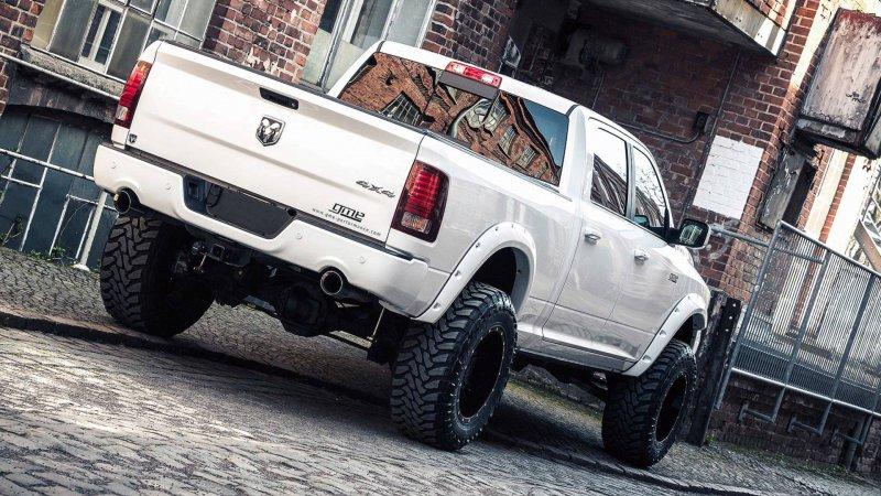 Ram 1500 Bigfoot Edition в исполнении German Motors & Engineering