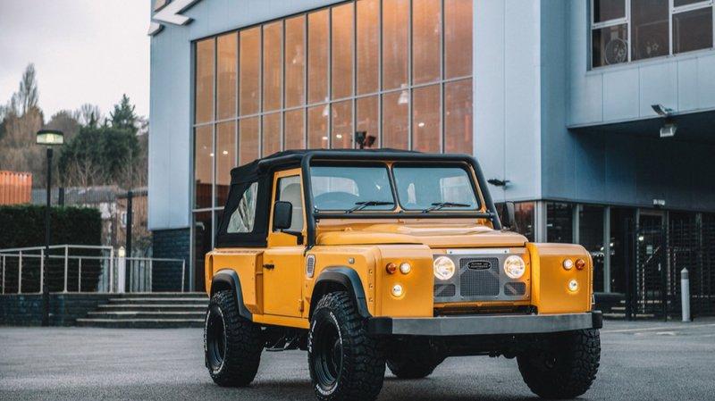 Land Rover Defender в ретро-дизайне от мастеров Chelsea Truck