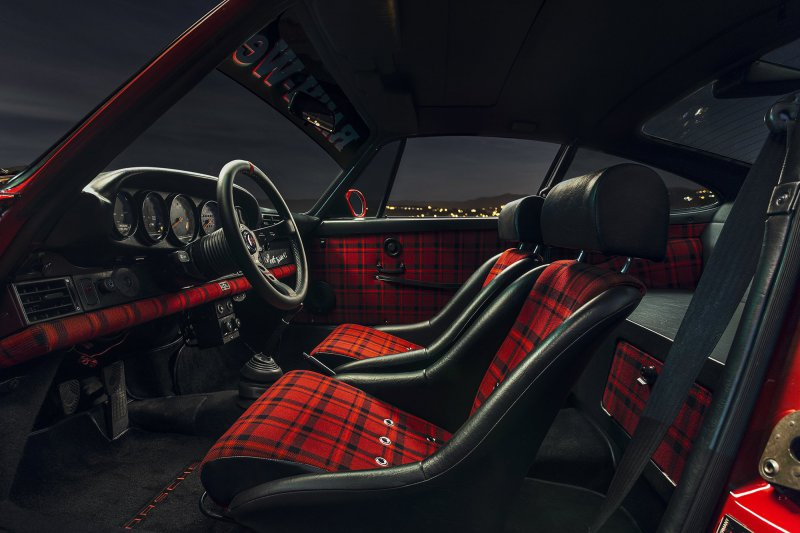 Porsche 911 Carrera в исполнении мастерской RWB