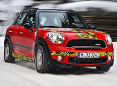 MINI Countryman JCW покажут в Женеве