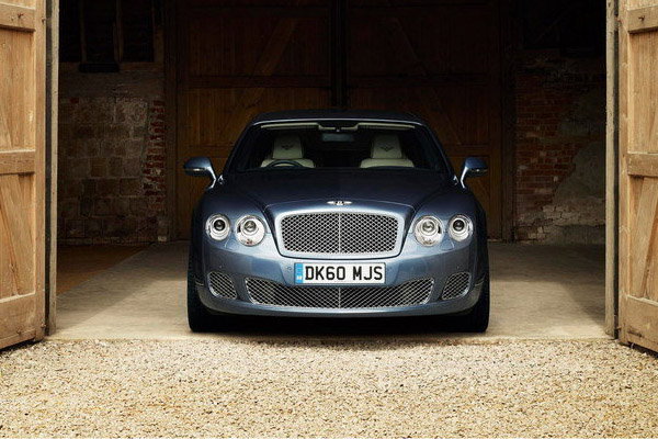 Bentley готовит новый Continental Flying Spur 2013