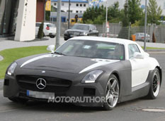 Новые фото Mercedes-Benz SLS AMG Black Series