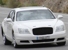Bentley Continental Flying Spur 2014 замаскировали