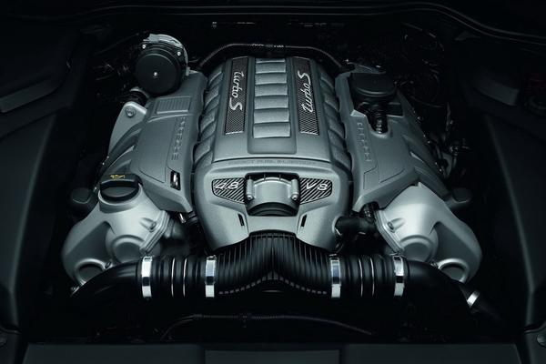 Porsche показал первые фото Cayenne Turbo S 2013