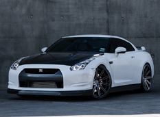 Nissan GT-R от Jotech Motorsports и Modulare Wheels