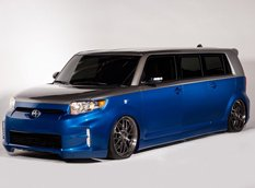 На базе компактвэна Scion xB построили лимузин