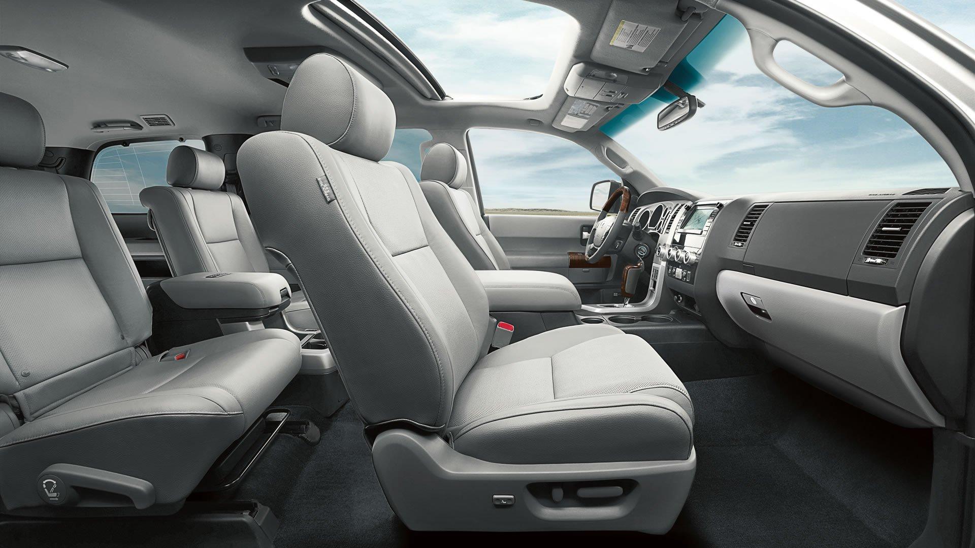 1401125706 05 - Тест-драйв Toyota Sequoia (2014)
