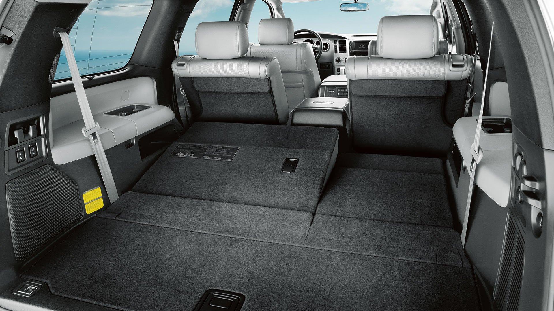 1401125745 07 - Тест-драйв Toyota Sequoia (2014)