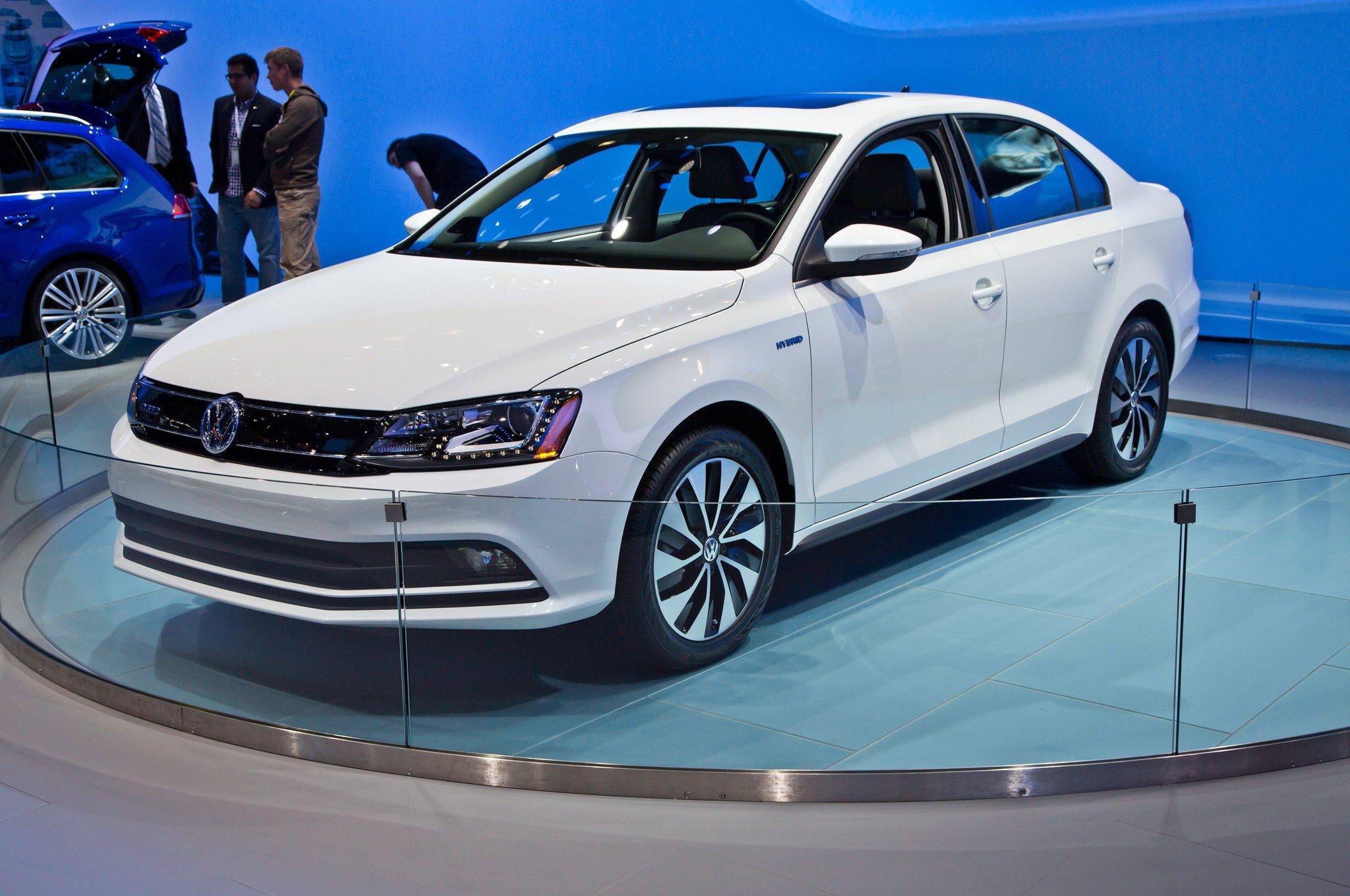 1401374229 03 - Тест-драйв Volkswagen Jetta (2015)