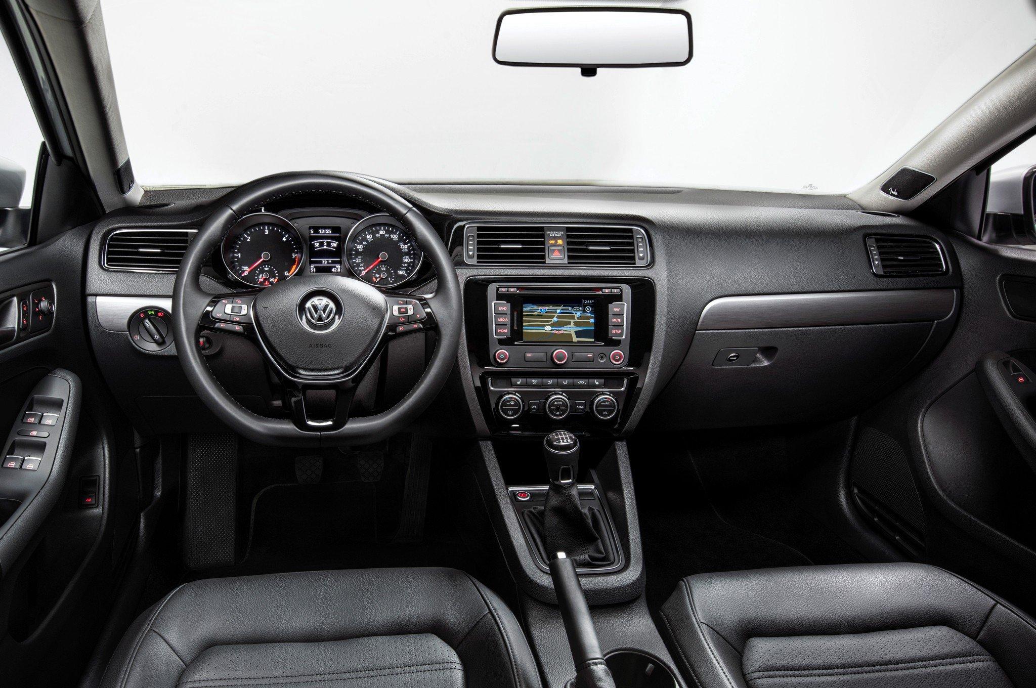 1401374242 07 - Тест-драйв Volkswagen Jetta (2015)