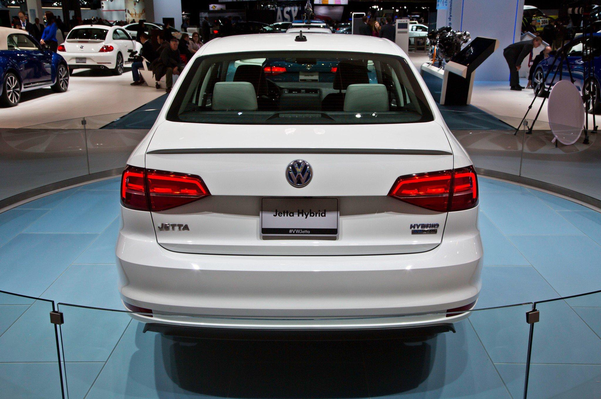 1401374273 06 - Тест-драйв Volkswagen Jetta (2015)