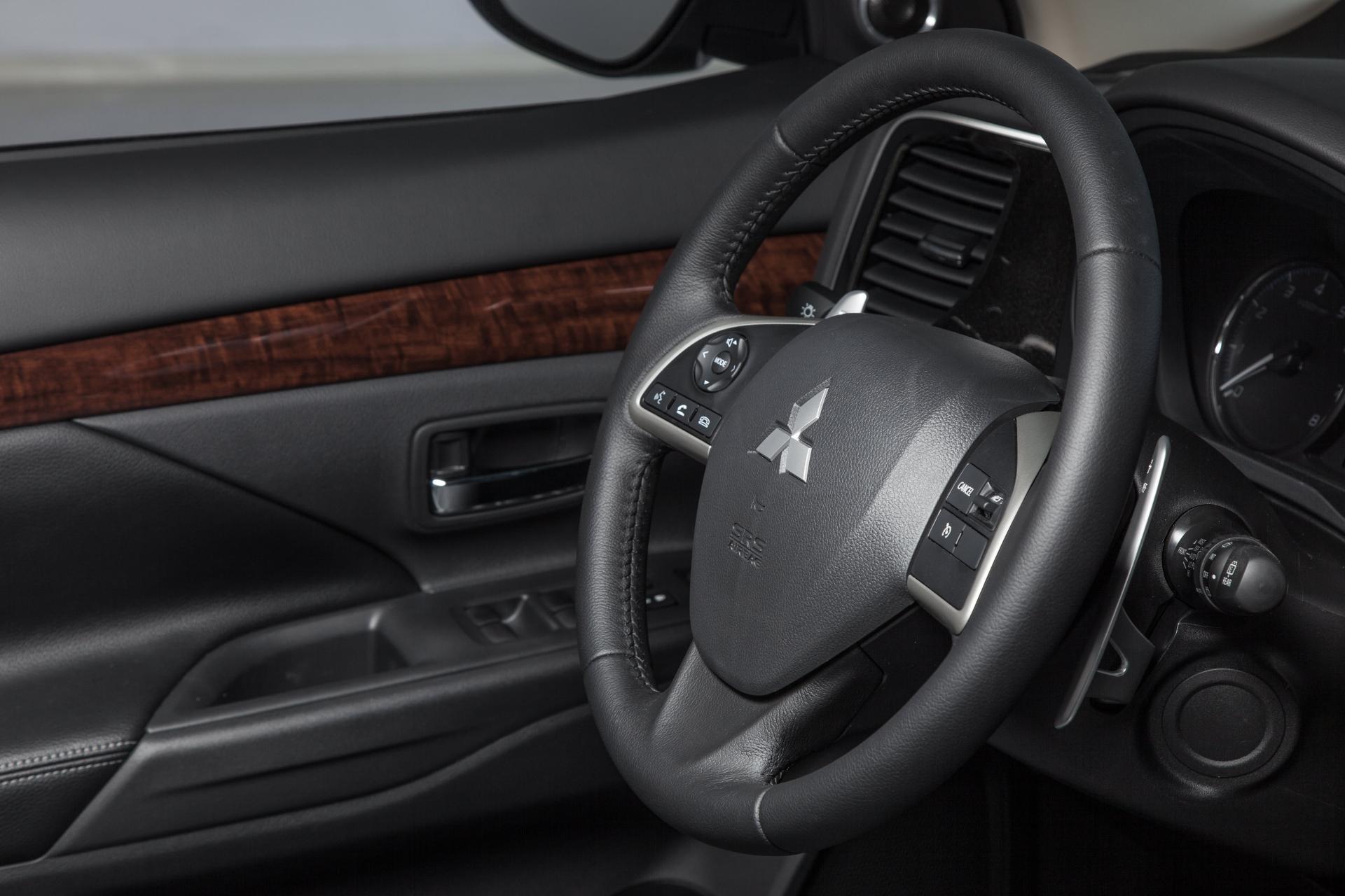 Тест-драйв Mitsubishi Outlander (2014)