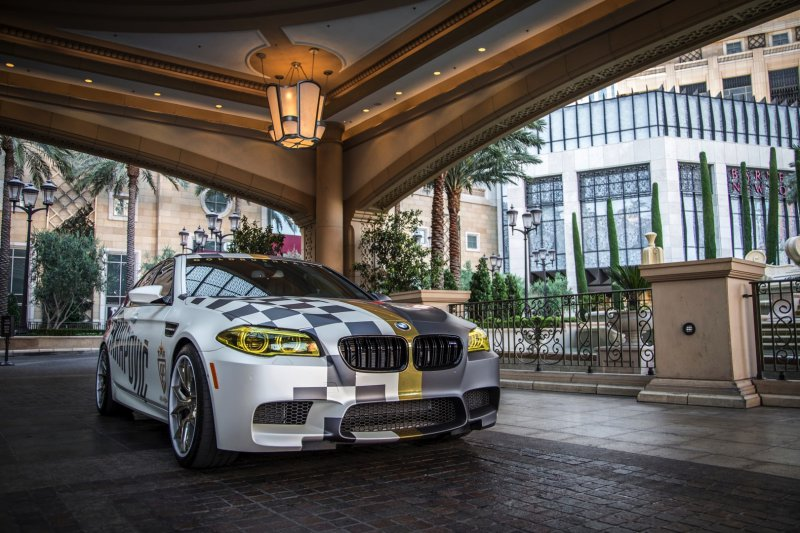 Akrapovic подготовил BMW M5 для автопробега Gold Rush Rally