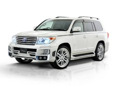 Toyota Land Cruiser 200 в тюнинге Rowen Japan