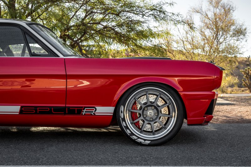 Ford Mustang Fastback SPLITR от компании Ringbrothers.