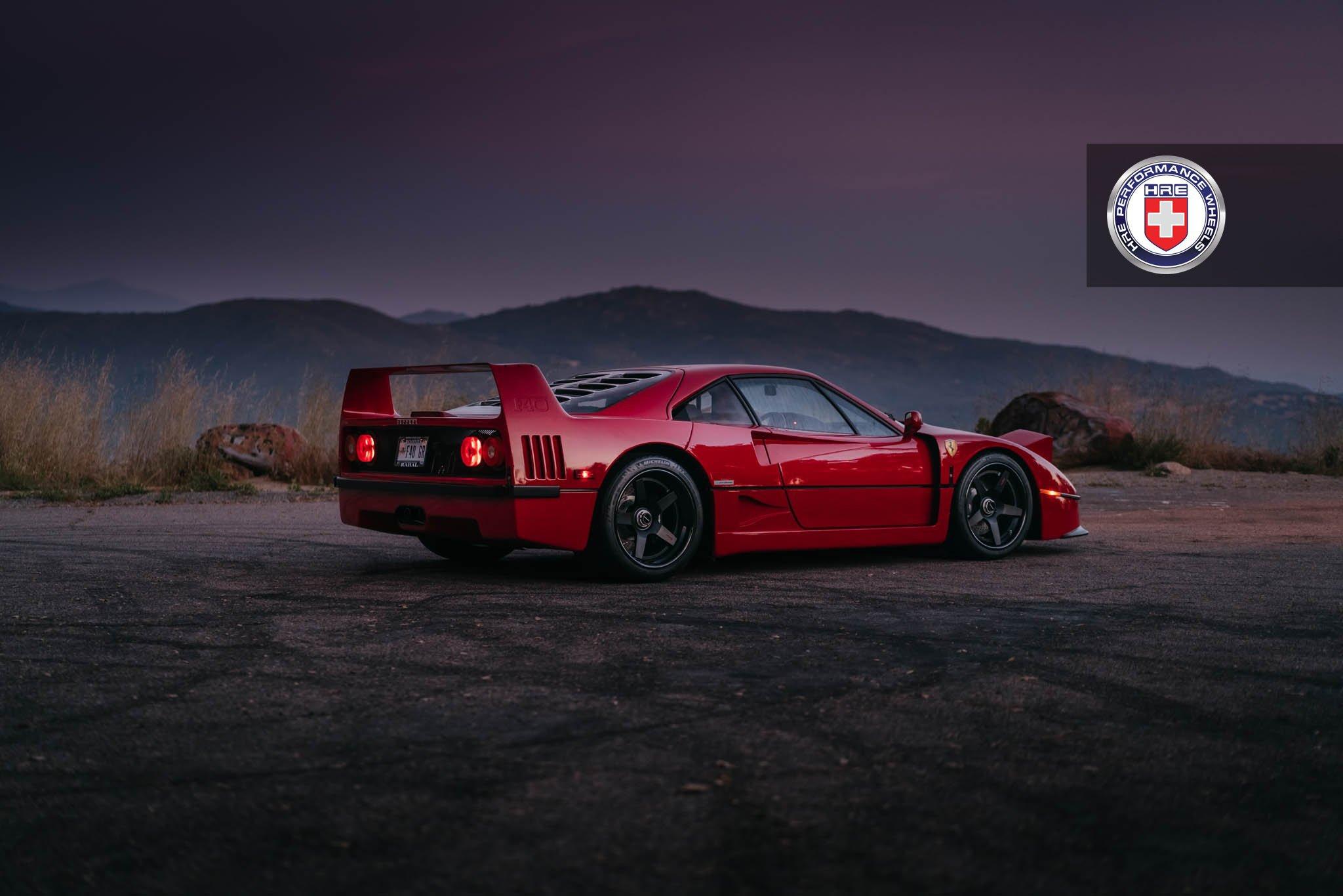 1477230245 ferrari f40 4 - Ferrari F40 на дисках от HRE Wheels