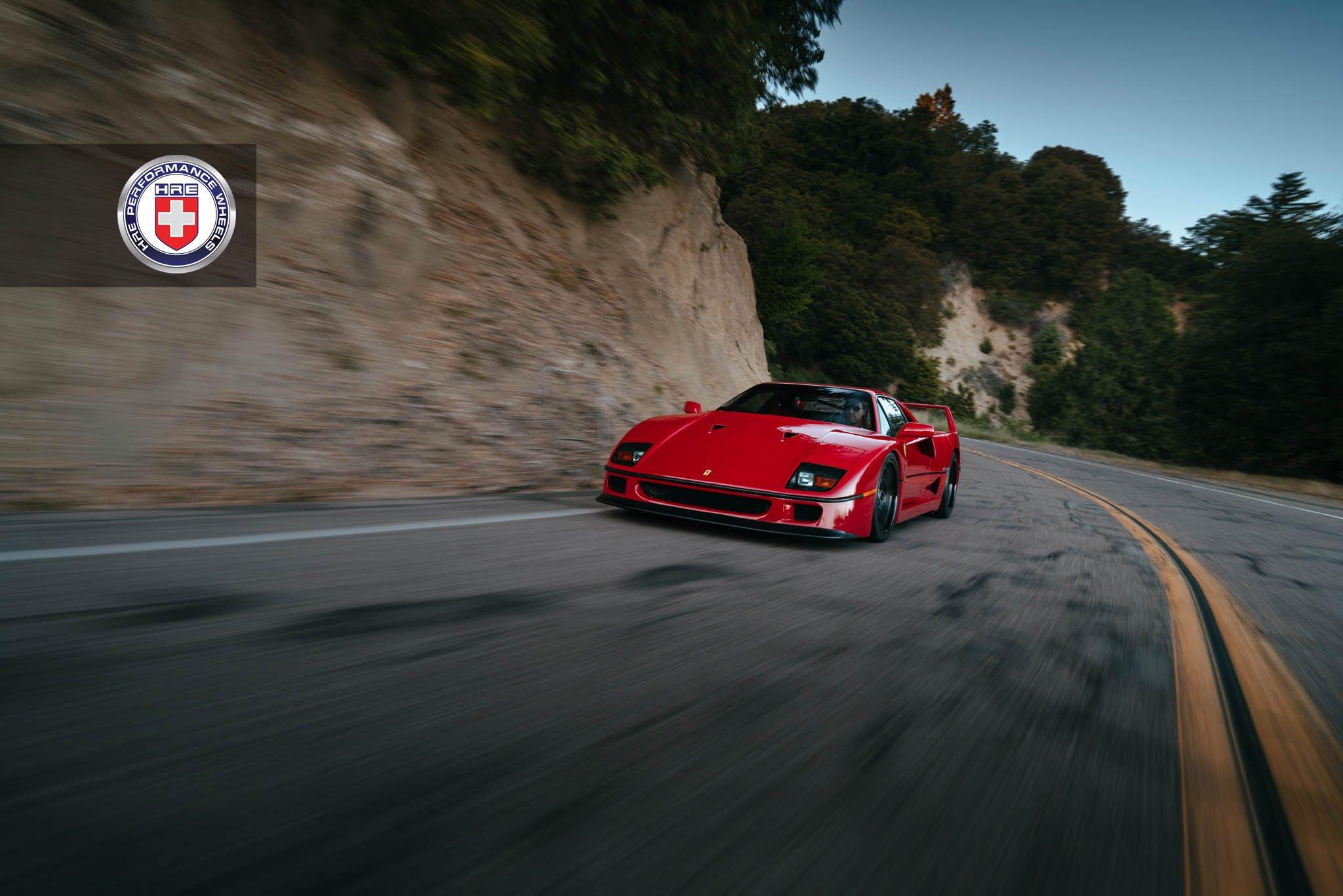 1477230251 ferrari f40 6 - Ferrari F40 на дисках от HRE Wheels