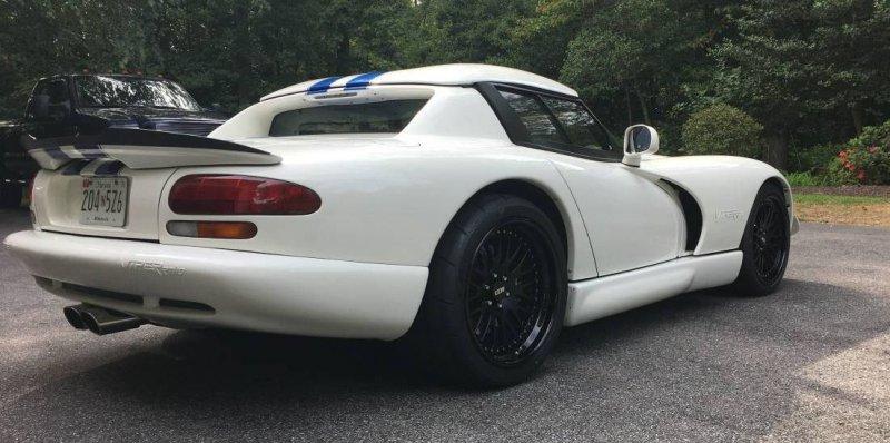 937-сильный Dodge Viper выставили на продажу на Craigslist