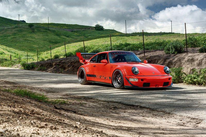 На аукцион выставили редкий Porsche 911от Rauh Welt Begriff