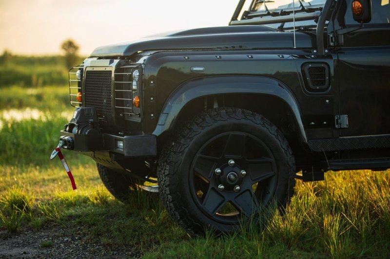 Land Rover Defender в тюнинге ECD Automotive Design