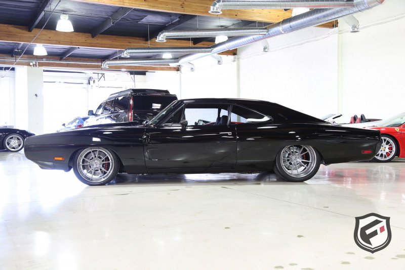 1650-сильный Dodge Charger Tantrum от мастеров SpeedKore выставили на продажу